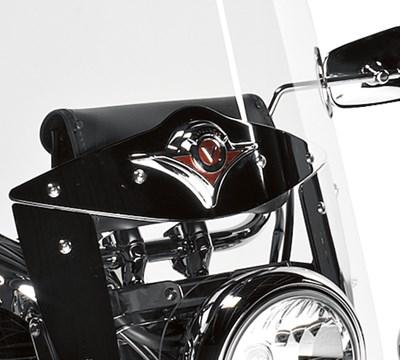 Vulcan® 900 Classic LT Windshield Kit, Emblem
