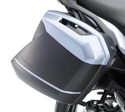 VERSYS® 650 LT KQR™ 28 Liter Hard Saddlebag Set, Trim Set, Pearl Stardust White/25Y