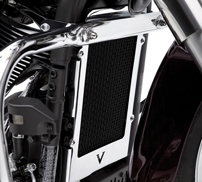 Vulcan® 900 Custom Radiator Cover, Chrome
